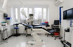 Zahnarzt-Behandlung für Angstpatienten unter Vollnarkose
