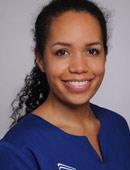 Zahnärztin Dr. med. dent. Rebecca Essi vom MVZ Dentologicum Hamburg