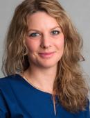 Zahnärztin Anna Rennert vom Dentologicum Hamburg