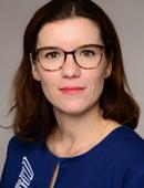 Zahnärztin Julia Mayer vom ZMVZ Dentologicum 275 Hamburg